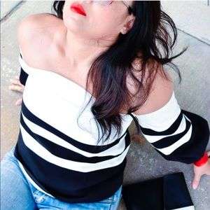 Tops - B&W Graphic Striped Off Shoulder Top